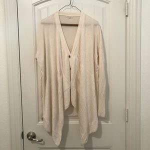 URBAN OUTFITTERS Loose, flowy, casual cardigan